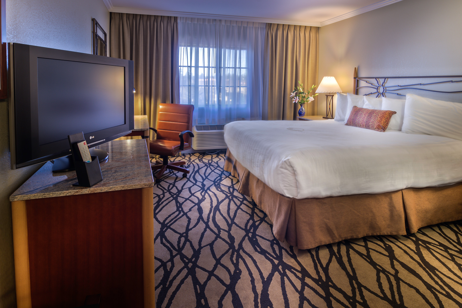 Photos Of The Grand Hotels Amenities Restaurant And Guest Rooms