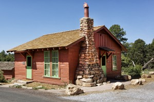 SR BA Historic Red Horse Cabin Exterior_lo